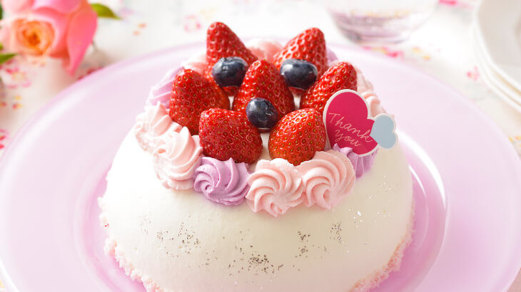 銀座コージーコーナーにて5月8日より3日間限定で、母の日限定スイーツを販売。お花のような可愛いケーキがラインアップ♡